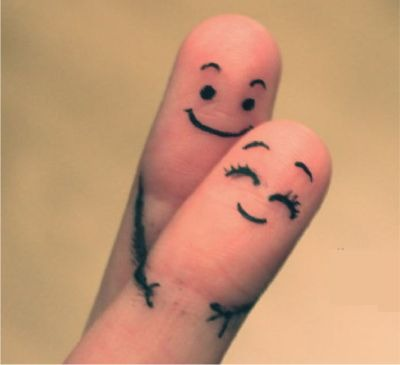 Happy Couple Fingers